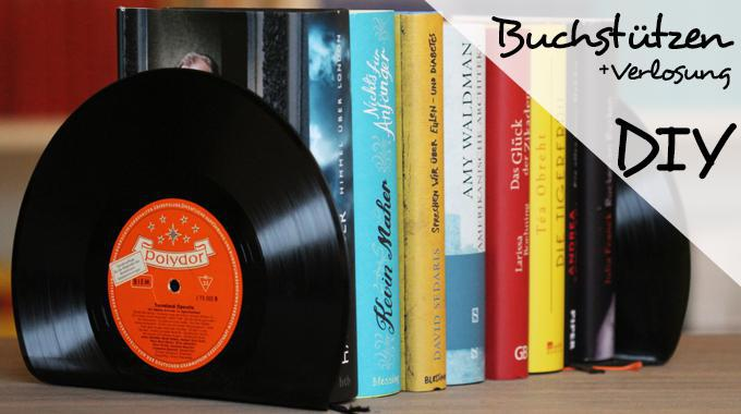 Buchstützen aus Schallplatten