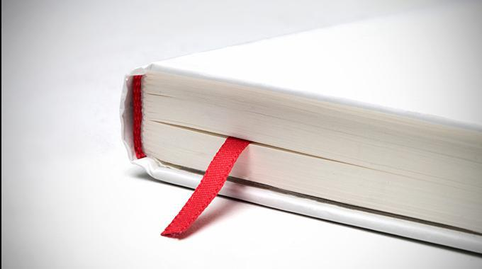 Buch in Detailaufnahme