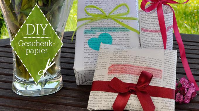 Do it yourself: Geschenkpapier aus Buchseiten